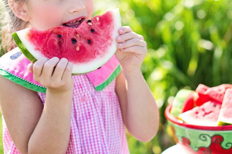 Los mejores alimentos para mantenerte saludable este verano