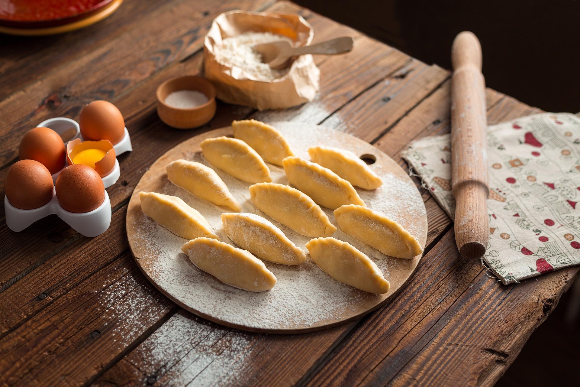 Cocinar empanadillas para congelarlas